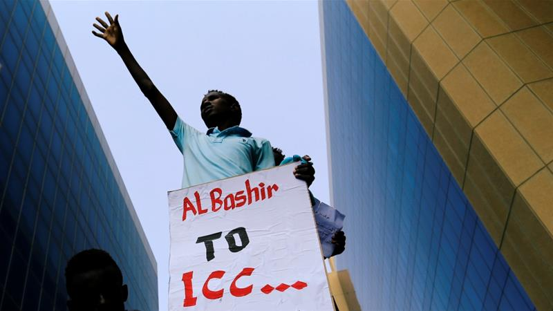 A protester in front of the Ministry of Justice in Khartoum on September 23 [Nureldin Abdallah/Reuters]